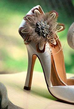Flirty Shoe Clips. Statement Rhinestone Crystals, Bridal Bride Bridesmaid Fashion, Elegant Stylish Summer, Bronze Copper Golden