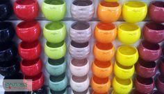 Cachepôs de diversas cores, para você deixar suas plantinhas e sua casa ainda mais bonita!