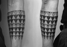 polynesian inspired tattoo   Simon Tattoo   Tattoo Studio in Teufen AR