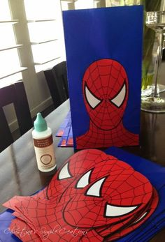 Spiderman Party (In a white paper bag or black) - Faydalı Bitkiler Superhero Party Decorations, Superhero Birthday Party, 4th Birthday Parties, Birthday Party Decorations, Boy Birthday, Party Themes, Spider Man Birthday, Spider Man Party, Superhero Party Favors