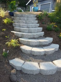 40 Awesome Garden Landscaping Ideas Slope and Tips Sloped Backyard Landscaping, Sloped Yard, Backyard Patio, Landscaping Ideas, Steep Hillside Landscaping, Landscape Stairs, Landscape Design, Landscape On A Slope, Landscape Bricks