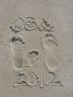 Cute pic idea for our beach trip, everyone's footprints in sand with dates