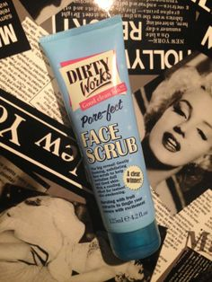 Lipgloss Is My Drug: Dirty Works Pore-fect Face Scrub