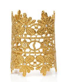 Sparkling gold guipure lace cuff #jewelry #jewellery #lace #gold #swarovski #diamonds #guipure #cuff #bracelet #customizable #customisable