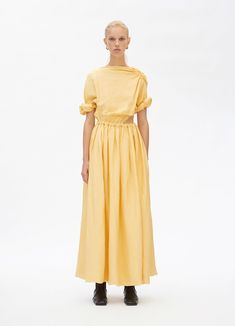 Draped dress in soft viscose and linen canvas Celine, Dress Robes, Shirt Dress, Phoebe Philo, Summer Blouses, Draped Dress, Yellow Dress, Pretty Dresses, Ready To Wear