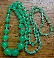 vintage art deco vaseline green glass bead hand knotted flapper necklace -C99
