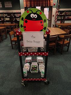 The Book Bug: Prize Buggy idea has shown success. can be adapted for other themes. Ar Reading, Reading Incentives, Teaching Reading, Learning, Library Lesson Plans, Library Lessons, Library Ideas, Library Orientation, Elementary School Library