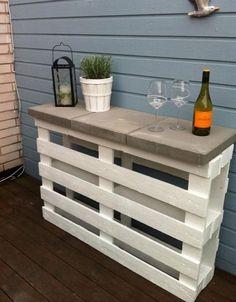 diy-pallet-furniture-ideas-patio-white-painted-bar-concrete-tiles -