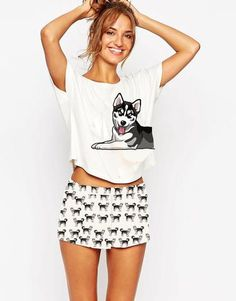 DescriptionFor a looser fit, order a size larger!-Pairs well with our Husky Socks found here -Have a Husky or just love the cute dogs? Well this super cute Pajama set is perfect for you! These PJ's are perfect for lounging around. Cute Pajama Sets, Cute Pajamas, Pajama Top, Pajama Outfits, Cute Outfits, Cute Shorts, Boho Shorts, Pijama Disney, Womens Pjs