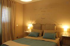 Dai un'occhiata a questo fantastico annuncio su Airbnb: Aphorisme B&B chambre bleue a Mascali