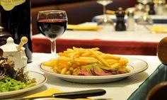 Le Relais de Venise L'Entrecôte has never disclosed the ingredients of its sauce.