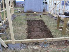 Backyard Greenhouse - DIY Greenhouse - Base Frame Greenhouse - Anchors for greenhouse base. Instructions: http://www.usa-gardening.com/greenhouse/greenhouse-2.html