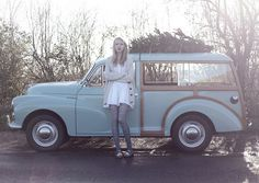 Morris Traveller! I want one of these, perfect for taking the dogs to the park in:-)