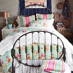 Junk Gypsy Rodeo Iron Bed #pbteen Full Size Bed Headboard, Iron Headboard, Headboards For Beds, Vintage Headboards, Rustic Bedding, Boho Bedding, Bedspread, Girls Bedroom, Bedroom Decor