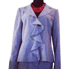 """Anne Klein Pant Suit I never had a chance to wear this gem!!!  (pants 32"""" length and 18"""" waist)❌PRICE FIRM❌No waiting for price drops to receive reduced shipping, just make an offer for $5 less then the listed price on any Price Firm listing over $35 and I will accept your offer . If the listing says """"Price Firm"""" and is over $35 it qualifies for my free shipping promotion. Anne Klein Pants"""