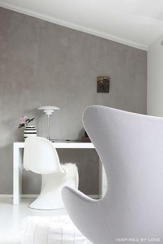 Egg chair and Kähler omaggio