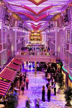 Cruise in full color. From shopping to dining, Mariner of the Seas has it all.