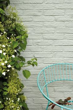 Our Masonry paint creates a long-lasting, matt finish on outdoor walls. Browse our exterior wall paint colours, including classic white and grey masonry paint. Masonry Paint Colours, Outdoor Paint Colors, Green Paint Colors, Wall Paint Colors, Little Greene Farbe, Little Greene Paint, Exterior Masonry Paint, Wall Exterior, Grey Masonry Paint