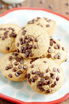 Oatmeal Chocolate Chip Pancake Muffins