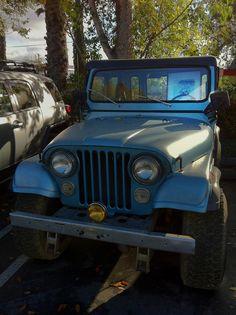 A blue and black 1980 Jeep CJ-5. - Google zoeken