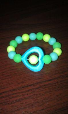 Stretch bracelet blue & green. Girls jewelry