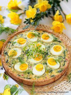 zapiekanka-szpinakowo-jajeczna-na-kruchym-ciescie Appetizer Recipes, Appetizers, Savory Tart, Avocado Egg, Food Design, Salmon Burgers, Quiche, Grilling, Food And Drink