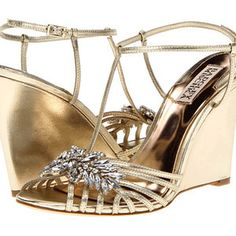 BADGLEY MISCHKA Naomi Wedge Shoes Platino Leather $140 FREE WORLD DELIVERY * FREE GIFT WRAPPING * FREE RETURNS * CUSTOMER ASSURANCE GUARANTEE