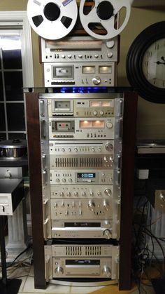 Vintage silverfaces Radios, Hi Fi System, Audio System, Audio Vintage, Audio Rack, Tape Recorder, Hifi Audio, Computer Case, Loudspeaker