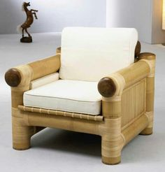 30 Bamboo Furniture to Enhance your Home Style - Bamboo Blessings - Bambus Bamboo Sofa, Bamboo Furniture, Cheap Furniture, Luxury Furniture, Furniture Design, Furniture Dolly, Furniture Removal, Furniture Companies, Office Furniture