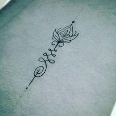 Jolie unalome tattoo dessiné par Miss Voodoo pour mon underboobs ! Je  l'adore et