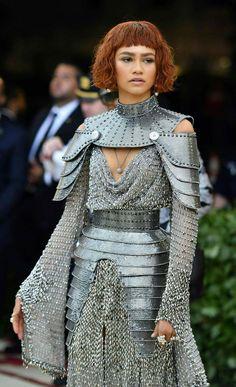 "Zendaya at the MET gala 2018 ""Heavenly Bodies"" Zendaya Met Gala, Beautiful Dresses, Nice Dresses, Looks Rihanna, Met Gala Red Carpet, Fantasy Gowns, Moda Vintage, Gala Dresses, Moda Fashion"