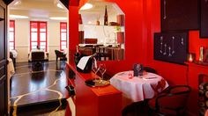 News Parisiennes - Août 2016: Boutary s'offre un bar à caviar / Parisian News - August 2016: Boutary offers itself a caviar bar @plumevoyage © DR  www.boutary.com #newsparisiennes #parisiannews #plumevoyage #paris #boutary #caviarbar #baracaviar #tapasgastronomique #gastronomictapas