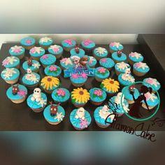 #bautizos #bodas #cupcake #cupcakes #cupcakefrozen#cupcakesrellenos#cumpleaños #chocolate#dessert #desserttable #dulces #fiestas#frozen #postres#reno#relleno#vainilla @AlamosCake  Para pedidos 04242114240 Alamoscake@gmail.com #AlamosCake  #WRM