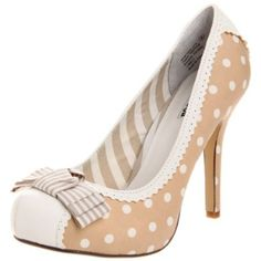 Two of my greatest loves...shoes and polka dots :-)