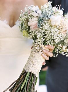 Pretty lace. NOT THE BABY'S BREATH. Let's get that straight. NO baby's breath. ktm