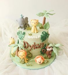 ideas for cake for kids girls diy Jungle Birthday Cakes, Jungle Theme Cakes, Animal Birthday Cakes, Baby Boy 1st Birthday Party, Safari Cakes, Birthday Cake Girls, Animal Cakes For Kids, Zoo Animal Cakes, Zoo Cake