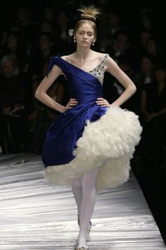 Alexander McQueen, Silk dress with ruffled tulle underskirt. 'The Girl Who Lived in a Tree' Autumn/Winter 2008.