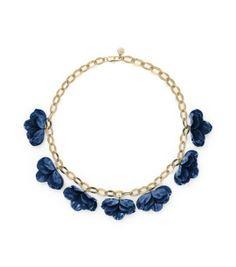 blue flower necklace!
