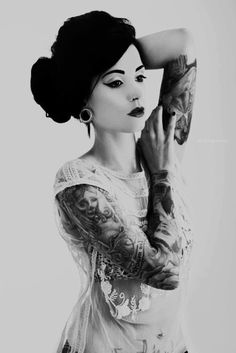 awesome ink work, and beautiful pic, love black and white photography