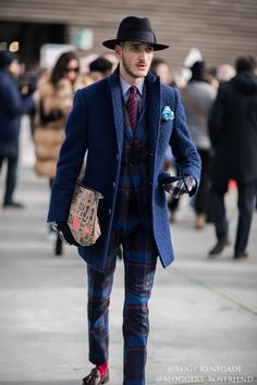 Pitti Uomo 91 2017 Street Style Beige Renegade-1副本 copy