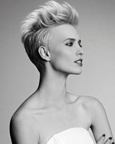 As pixie hairstyles are in trend so almost everyone wants it but they also want a unique look. Here are few different pixie hairstyles which you can try: Funky Short Haircuts, Long Face Haircuts, Pixie Haircuts, Haircut Short, Modern Haircuts, Fade Haircut, Mohawk Hairstyles For Women, 2015 Hairstyles, Wedding Hairstyles