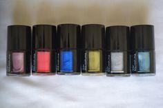 Hedy nail polish en colores brillantes. haz tu pedido en www.questra-i.com/etpn. Danos like en facebook.com/empiezatupropionegocio