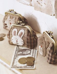 How to make tutorial 3 style coin purse  pdf pattern. $5.00, via Etsy.