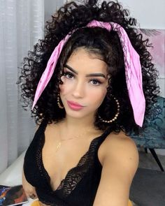 Curly Hair Styles, Curly Hair With Bangs, Curly Hair Tips, Natural Hair Styles, Mixed Curly Hair, Scarf Hairstyles, Pretty Hairstyles, Cabello Hair, Curl Styles