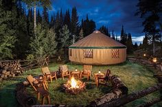 The Lodge & Spa at Brush Creek Ranch is a Wedding Venue in Saratoga, Wyoming, United States. See photos and contact The Lodge & Spa at Brush Creek Ranch for a tour. Luxury Glamping, Luxury Tents, Yurt Living, Outdoor Living, Gypsy Living, Outdoor Life, Outdoor Fun, Yurt Home, Guest Ranch