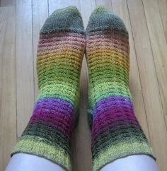 The stitch pattern on the leg was taken from The Harmony Guide to Knitting Stitches—Volume and adapted for knitting circularly. Knitting Stitches, Knitting Socks, Hand Knitting, Harris Tweed, Fun To Be One, Holiday Crafts, Mittens, Crochet Projects, Ravelry