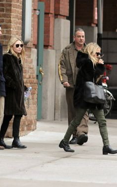 Mary-Kate and Ashley Olsen's Furry Big Apple Outing