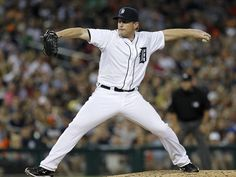 Detroit Tigers pitcher Randy Wolf pitches against the