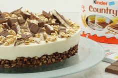 "Children& Country Pie- Kinder-Country-Torte Kinder Country cake is easy to prepare without baking. ""Eva& Backparty"" presents the recipe in the video. Baby Food Recipes, Sweet Recipes, Cake Recipes, Snack Recipes, Dessert Recipes, Food Cakes, Fall Desserts, No Bake Desserts, Cookie Cake Decorations"