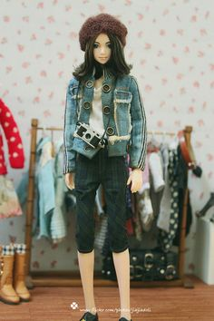 Hello! Welcome to Jiajia Dolls World.    This girls jean jacket is for momoko doll and other 12doll.    ★I can make it in Blythe size, if you want